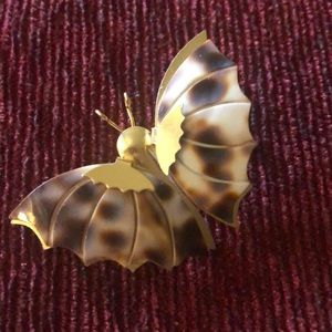Tiger Cowrie Shell Butterfly Vintage Pin